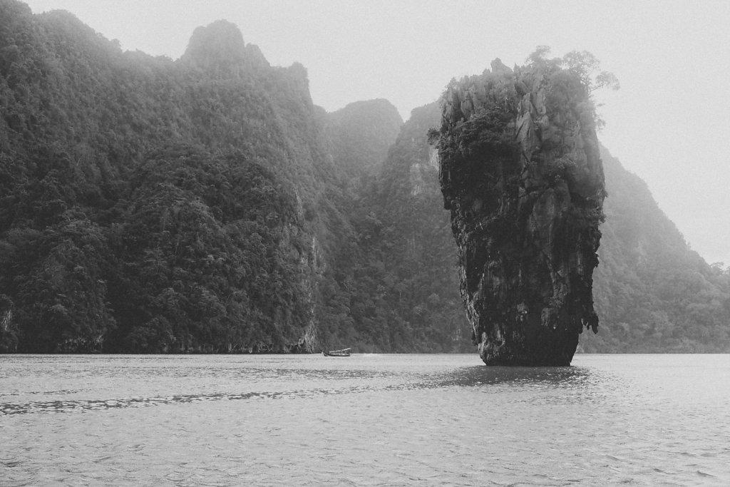 James-Bond-Island.jpg